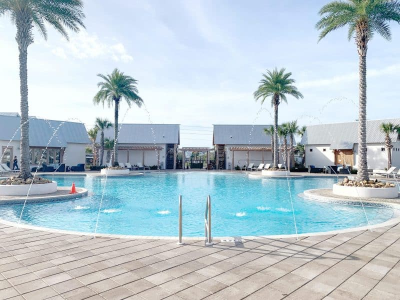 The Ultimate 30A Travel Guide for Families featured by top US travel blog, House of Navy: image of florida pool in December